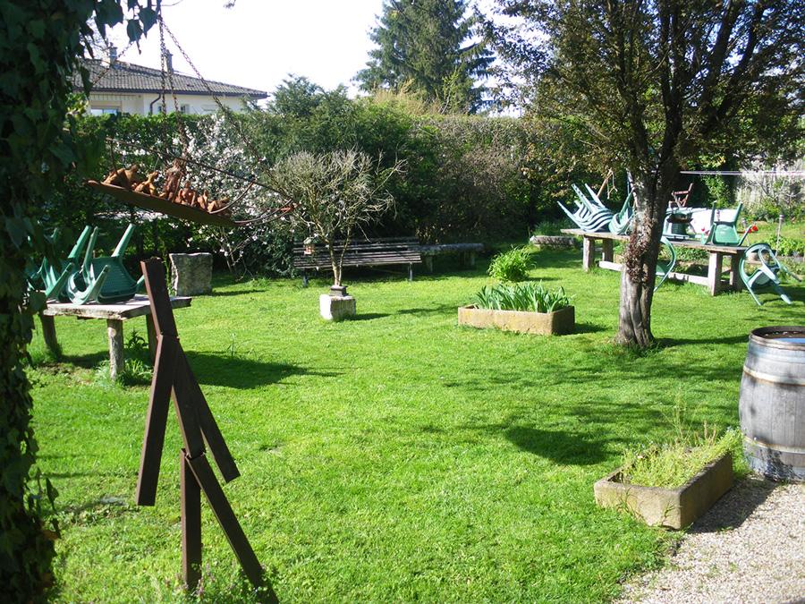 Manger dans un jardin à Péronnas